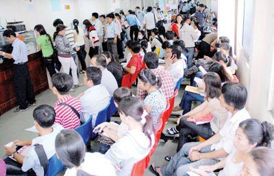 Hanoi cuts new business registration time