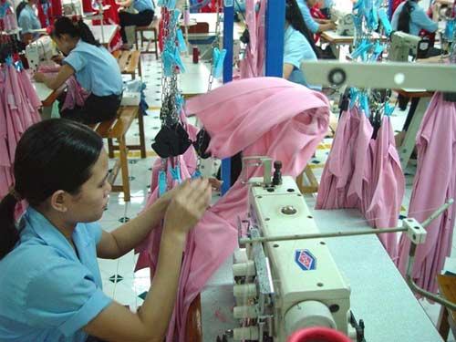 VN�S MINIMUM WAGE NON-COOWEST AMONG ASIAN APPAREL EXPORTING COUNTRIES